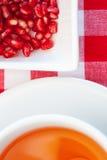 Chá antioxidante fresco da romã Imagens de Stock