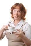 Chá bebendo da mulher sênior feliz isolado imagens de stock royalty free