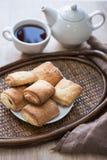 Chá com biscoitos Fotos de Stock Royalty Free