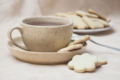 Chá & cookies Imagens de Stock Royalty Free