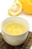 Chá cor de limão Imagem de Stock Royalty Free