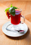 Chá da baga na tabela de madeira Foto de Stock Royalty Free