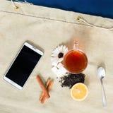 Chá da configuração e modelo lisos do telefone celular Imagem de Stock Royalty Free