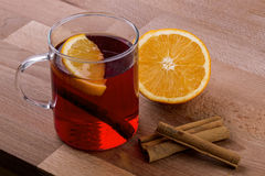 Chá da laranja e da especiaria foto de stock