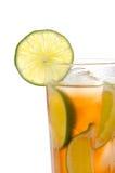 Chá de gelo frio fresco com cal Imagens de Stock
