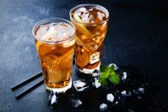 Chá de gelo nos vidros imagem de stock royalty free