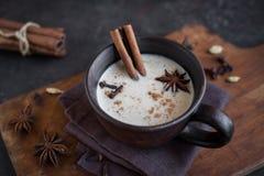 Chá de Masala chai imagens de stock royalty free