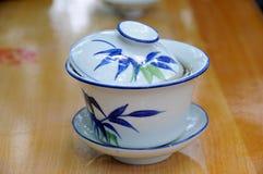 Chá do copo do chinês tradicional fotografia de stock