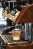 Chá do leite, máquina do chá Fotos de Stock Royalty Free