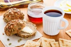 Chá e bolos Imagem de Stock Royalty Free