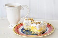 Chá e doces Imagens de Stock