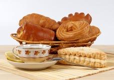 Chá e rolos Imagem de Stock