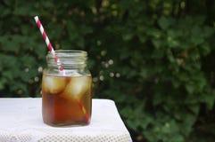 Chá gelado do verão no jardim Fotografia de Stock