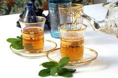 Chá marroquino tradicional da hortelã Fotos de Stock Royalty Free