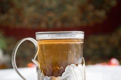 Chá no suporte de copo do russo Imagens de Stock