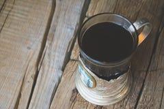 Chá no suporte de copo do russo Fotos de Stock Royalty Free