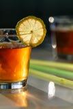 Chá nos vidros com cal Foto de Stock Royalty Free
