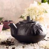 Chá verde com flor mais velha Imagens de Stock