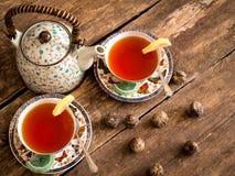 Chá verde de chá preto do bule Fotos de Stock Royalty Free