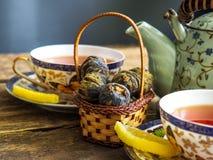 Chá verde de chá preto do bule Imagens de Stock Royalty Free