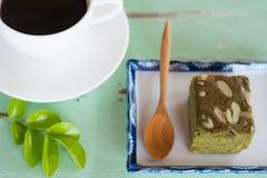 Chá verde (Matcha) Blondies imagens de stock royalty free