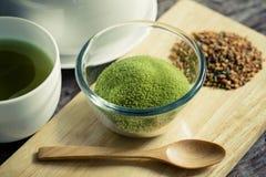Chá verde pulverizado Fotografia de Stock Royalty Free
