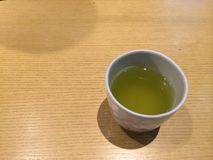 Chá verde quente imagem de stock