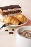 Chávena de café com sobremesa Fotografia de Stock Royalty Free