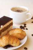 Chávena de café com sobremesa Imagens de Stock Royalty Free
