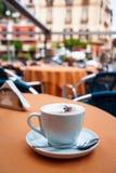 Chávena de café da manhã fotografia de stock royalty free