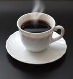 Chávena de café de fumo imagem de stock royalty free
