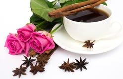 Chávena de café e rosas Fotografia de Stock