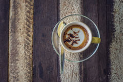Chávena de café no fundo de madeira Fotos de Stock Royalty Free