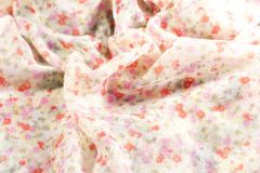 Châles en soie avec des fleurs Photographie stock libre de droits