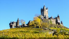 Château antique de sommet dans Cochem Allemagne Photo libre de droits