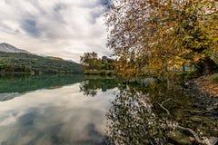Château au lac images stock