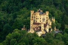 Château au milieu d'une forêt en Allemagne photo stock