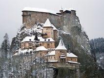 Château célèbre d'Orava en hiver images libres de droits