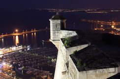 Château d'Alicante la nuit. l'Espagne Photos libres de droits