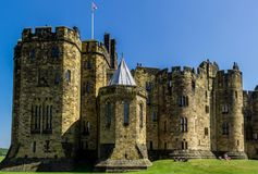 Château d'Alnwick dans le Northumberland, Angleterre image stock