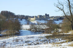 Château d'Alnwick en neige des hivers Image libre de droits