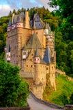 Château d'Eltz de Burg au Rhénanie-Palatinat au coucher du soleil photographie stock