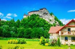 Château d'Orava et bâtiments environnants, Slovaquie photos libres de droits