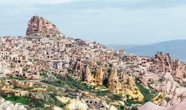 Château d'Uchisar dans Cappadocia Photographie stock libre de droits