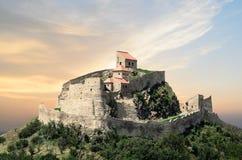 Château dans la lumière de coucher du soleil Images libres de droits