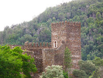 Château dans les montagnes Photographie stock