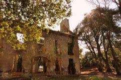Château dans les ruines au soleil Photos stock