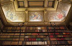 Château de尚蒂伊,图书馆,瓦兹省,法国 免版税库存照片