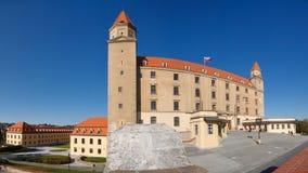 Château de Bratislava, Slovaquie (vue panoramique) Images libres de droits
