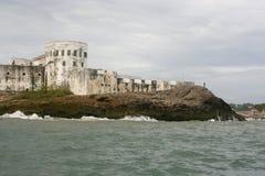 Château de côte de cap, Ghana, comme vu de l'océan Photos stock
